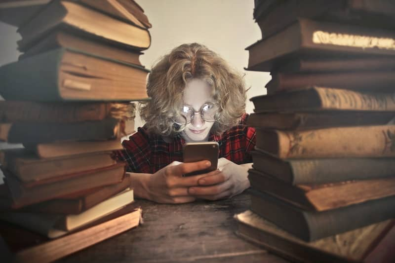 How to Reduce Screen Time As a Student